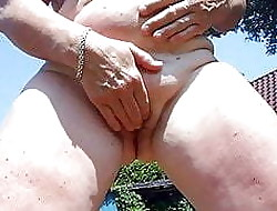 Pee xxx tube - mature mom tube